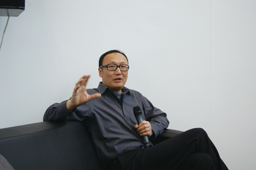 http://www.artbeijing.net/upload/news/219/c/12753796397325.jpg