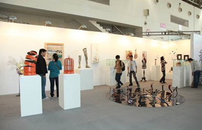 http://www.artbeijing.net/upload/news/406/c/130940021321155.jpg